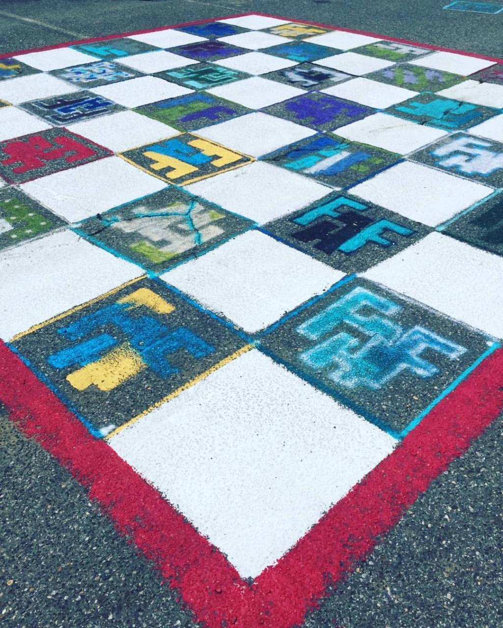 LOT 323 chess board